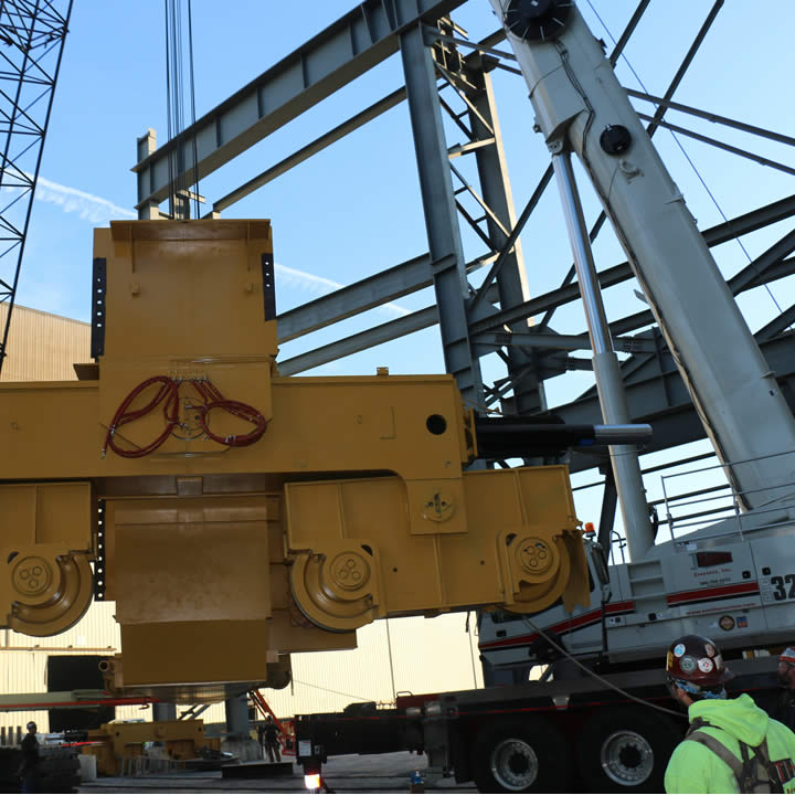 Smith Erectors-Heavy equipment and machinery moving services-crane operators
